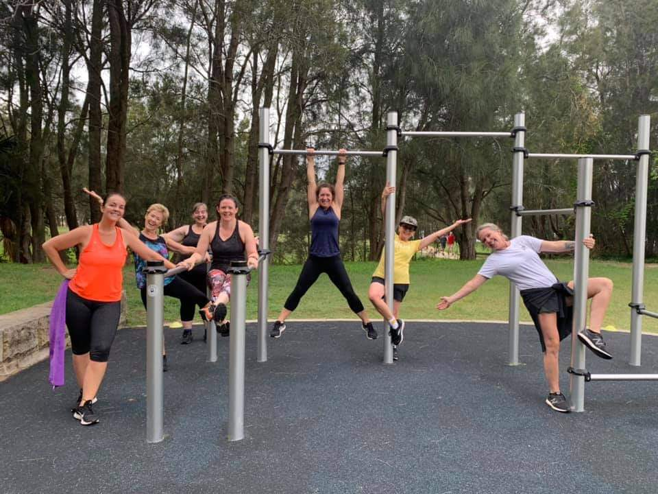 group of women participating in outdoor bootcamp pelvic floor safe training
